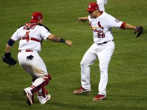 1382155413000-G6-Cardinals-Dodgers11