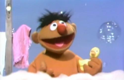 Sesame_Street_Ernie_Rubber_Duckie_1970-500x322