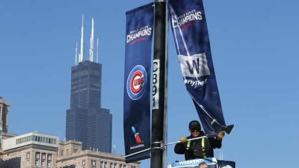 ct-chicago-basks-in-the-cubs-world-series-win-002