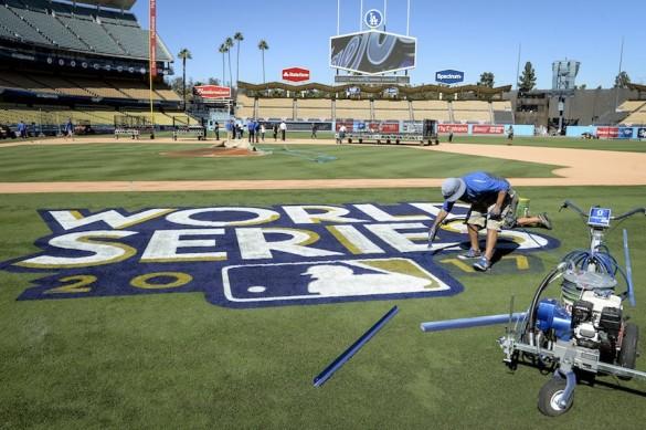 world-series-baseball-4f6dd38c6ce1de8d